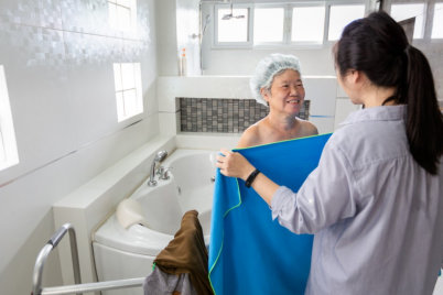 Tips When Bathing Your Aging Family Members