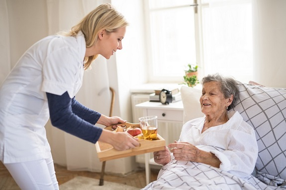 spotting-the-signs-of-malnutrition-on-your-senior